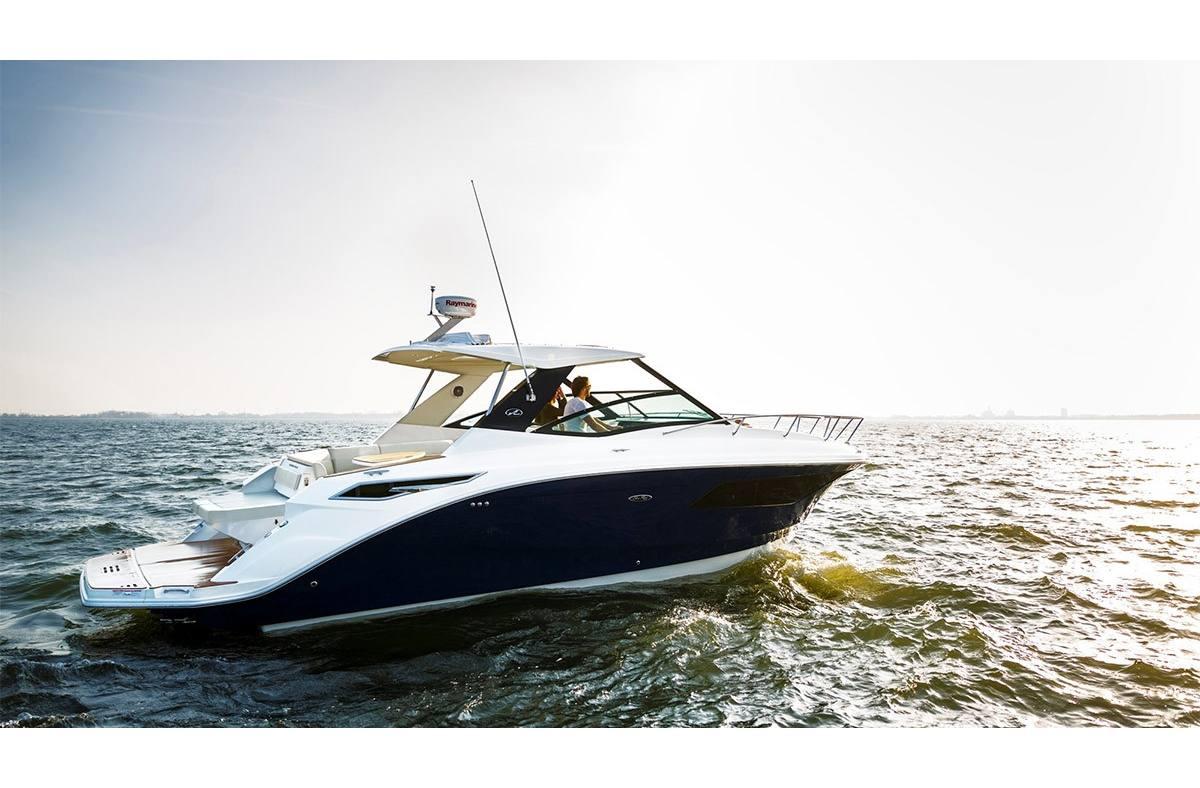 New 2019 Sea Ray Sundancer 320 - Hutchinson's Boat Works