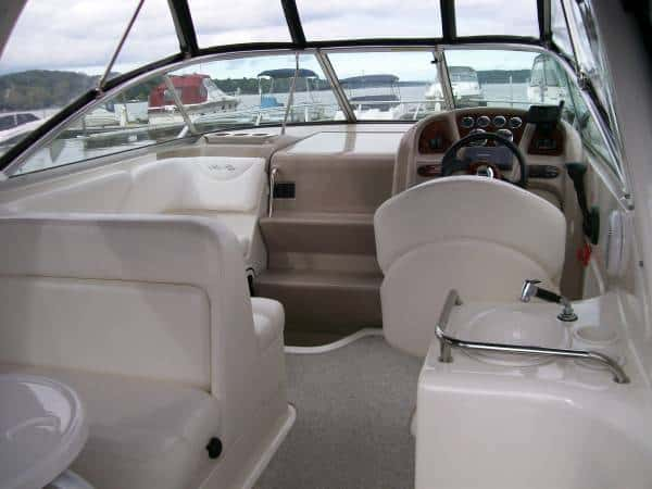 USED 2004 Sea Ray Sundancer 260 - Hutchinson's Boat Works
