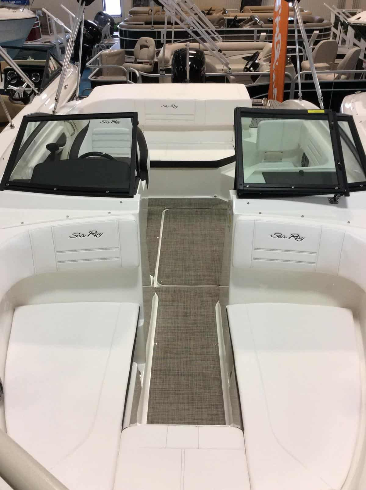NEW 2019 Sea Ray 19 SPXO - Hutchinson's Boat Works
