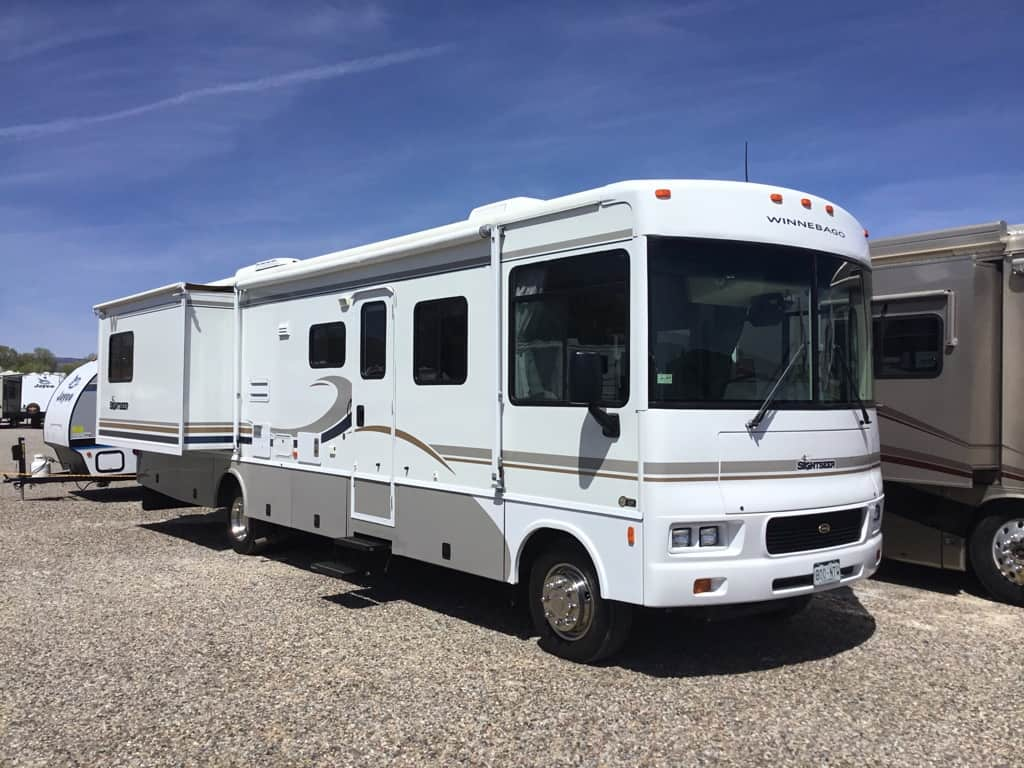 2004 WINNEBAGO 35N SIGHTSEER
