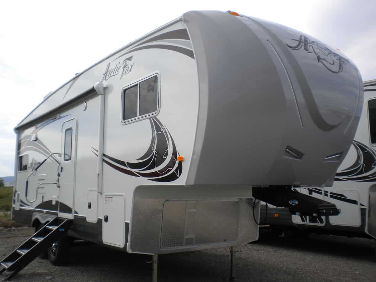 2019 NORTHWOOD 27-5L ARCTIC FOX