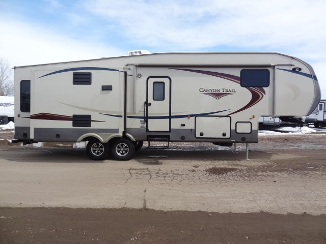 USED 2013 Gulf Stream CANYON TRAIL XLT 30 FLRW - Jack's Campers