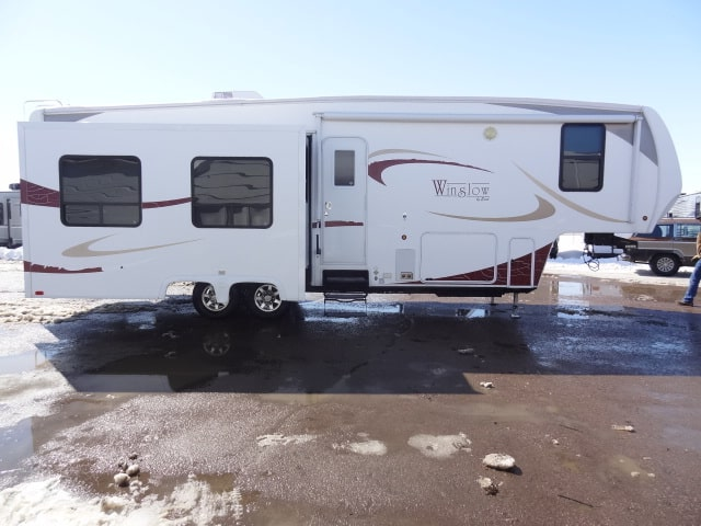 USED 2011 Excel WINSLOW 31RLE - Jack's Campers