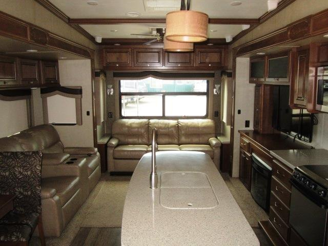 NEW 2015 HEARTLAND BIG COUNTRY 3950FB - Jack's Campers
