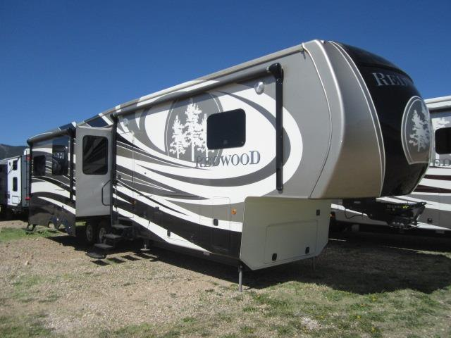 2015 CROSSROADS RV REDWOOD 38BR - Jack's Campers