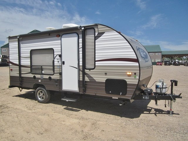 USED 2015 FOREST RIVER CHEROKEE WOLF PUP 16FQ - Jack's Campers
