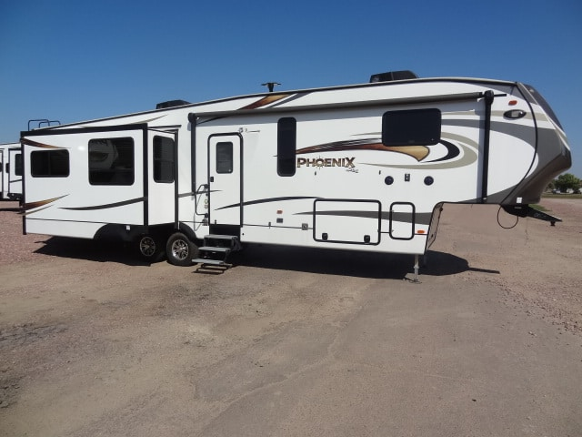 USED 2017 FOREST RIVER SHASTA PHOENIX 360BH - Jack's Campers