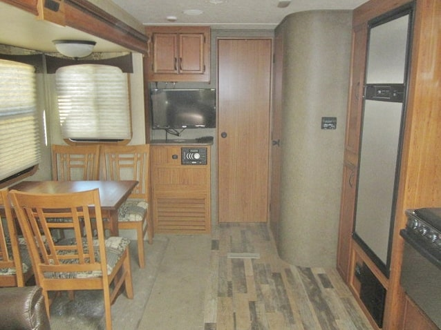 USED 2015 STARCRAFT TRAVEL STAR 286RLWS - Jack's Campers
