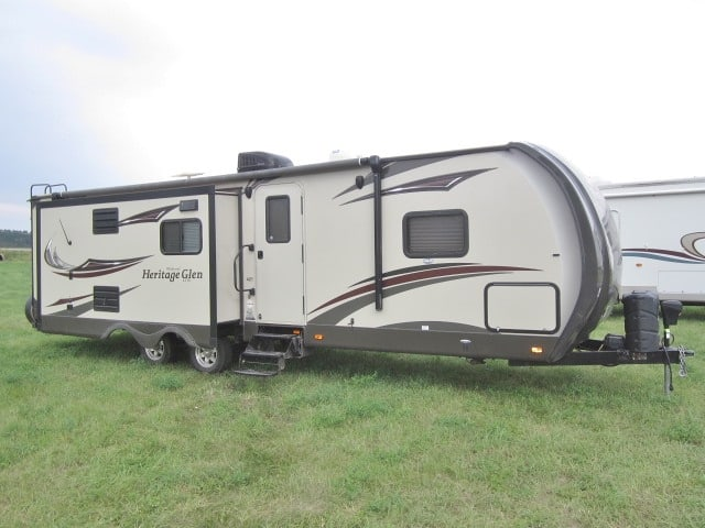 USED 2015 FOREST RIVER HERITAGE GLEN 272RL - Jack's Campers