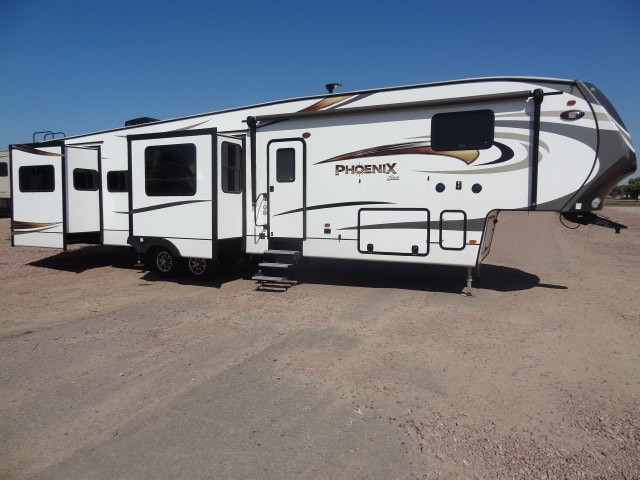 USED 2018 FOREST RIVER SHASTA PHOENIX 381RE - Jack's Campers