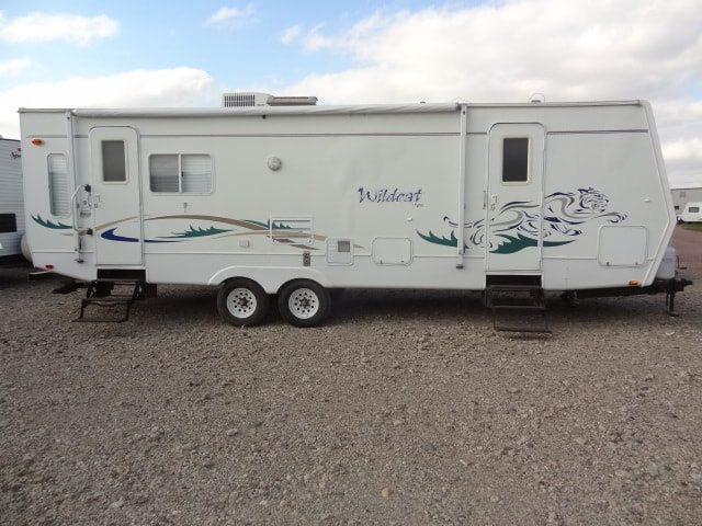 USED 2003 Forest River WILDCAT 29RLS - Jack's Campers