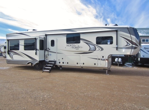 NEW 2019 JAYCO NORTH POINT 377RLBH - Jack's Campers