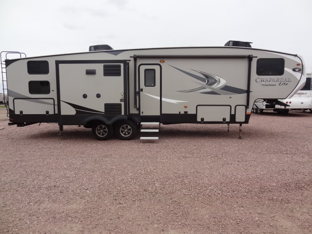 USED 2018 Coachmen CHAPARRAL LITE 29BH - Jack's Campers