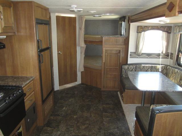 2015 KEYSTONE SUMMERLAND 2820BH - Jack's Campers