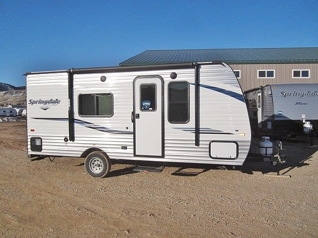 NEW 2019 KEYSTONE SPRINGDALE MINI 1700FQ - Jack's Campers