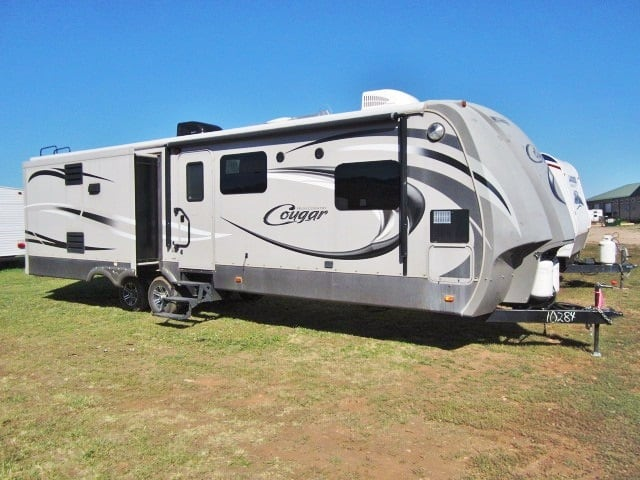 USED 2014 KEYSTONE COUGAR HIGH COUNTRY 319RLS