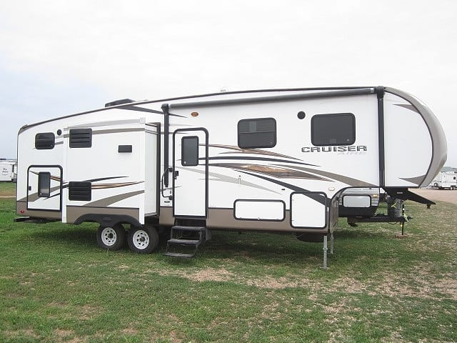 USED 2014 CROSSROADS CRUISER AIRE 30DB - Jack's Campers