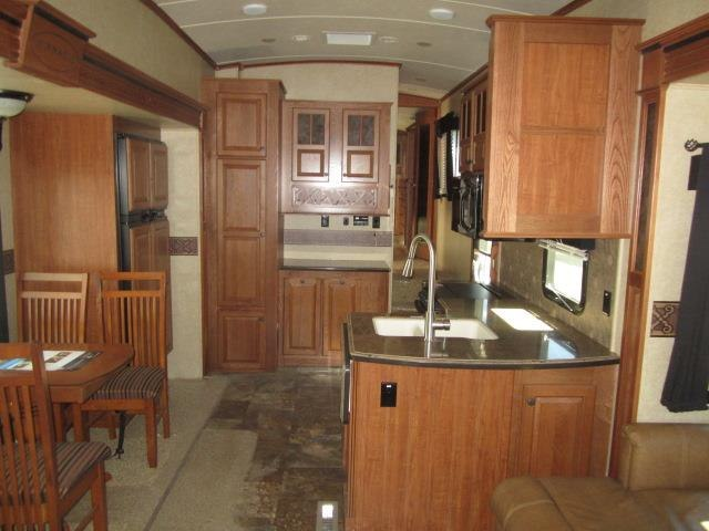 USED 2014 JAYCO PINNACLE 36RETS - Jack's Campers