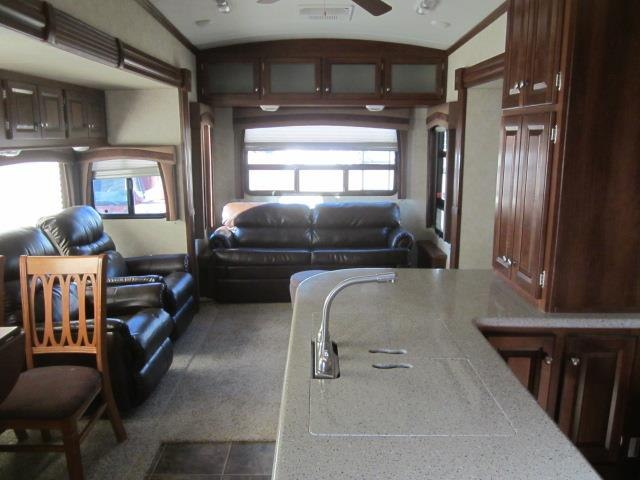 USED 2013 FOREST RIVER BLUE RIDGE 3600RS - Jack's Campers