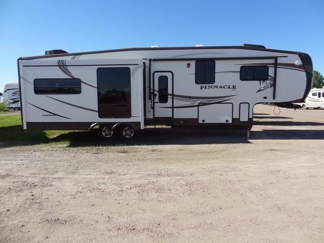 2013PINNACLE36REQS - Jack's Campers