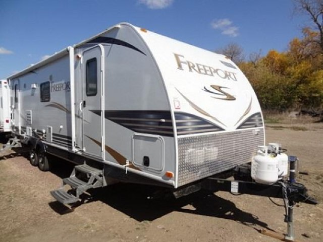2012 FOREST RIVER SHASTA FREEPORT 27RLS - Jack's Campers