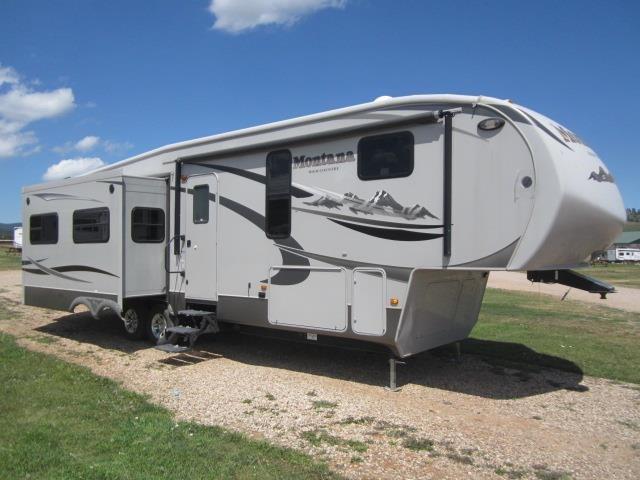 USED 2011 KEYSTONE MONTANA HIGH COUNTRY 343RLHE - Jack's Campers