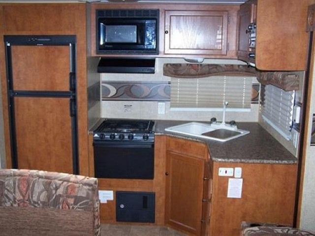 2011 SKYLINE NOMAD JOEY 260 - Jack's Campers