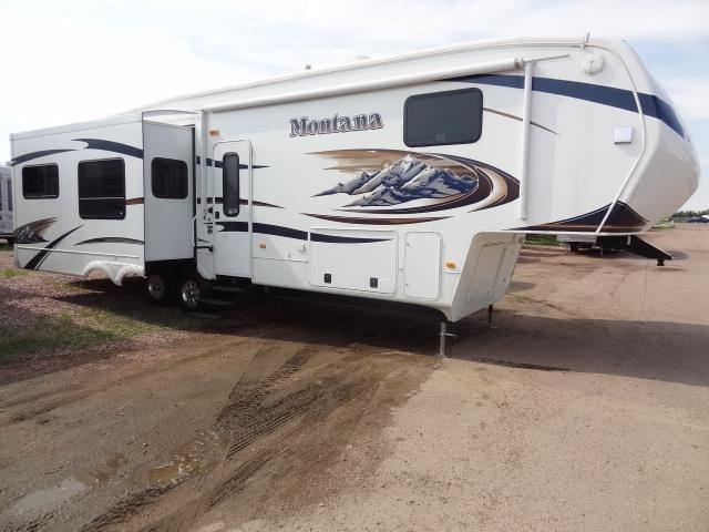 USED 2011 KEYSTONE MONTANA 3665 - Jack's Campers