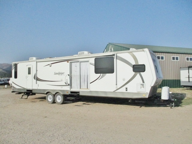 USED 2009 FOREST RIVER SANDPIPER 402FKD
