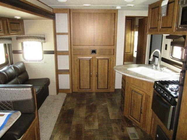 2018 KEYSTONE RV ZINGER Z 1 SERIES 320FB - Jack's Campers