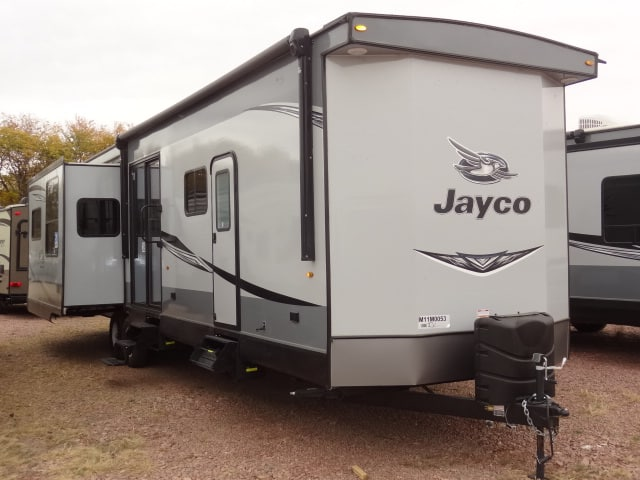 NEW 2021 JAYCO JAY FLIGHT BUNGALOW 40FBTS