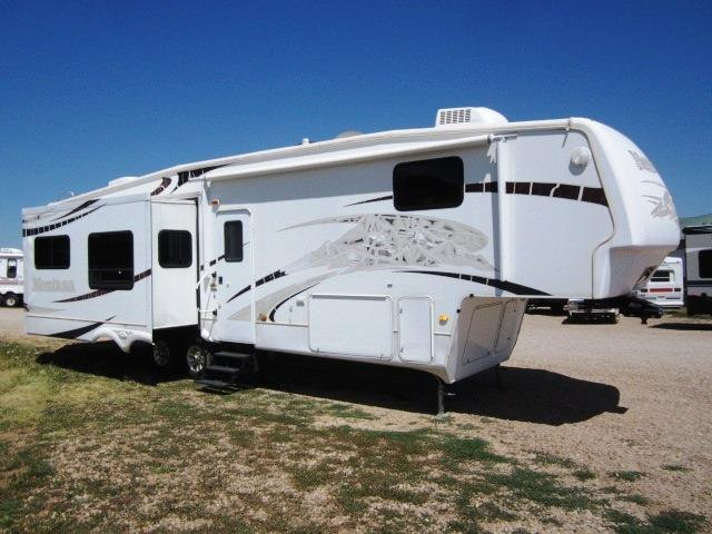 USED 2009 KEYSTONE MONTANA 3665RE - Jack's Campers