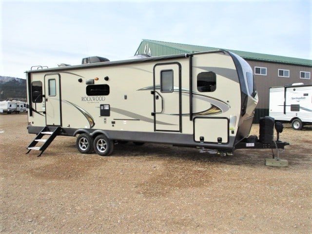 USED 2020 FOREST RIVER ROCKWOOD ULTRA LITE 2612WS