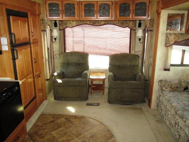 USED 2008 KEYSTONE MONTANA 3075RL - Jack's Campers