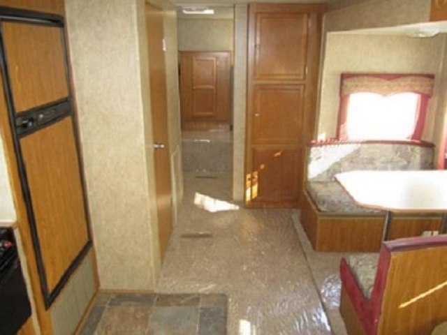 USED 2006 DUTCHMEN COLORADO 31BH - Jack's Campers