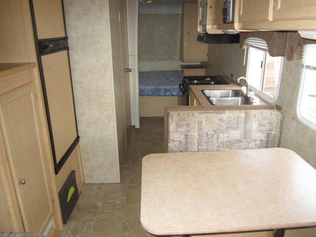 USED 2006 FOREST RIVER KODIAK 31QBH - Jack's Campers