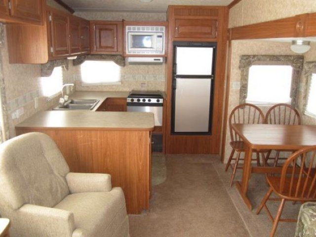 USED 2006 SKYLINE LAYTON 2805 - Jack's Campers