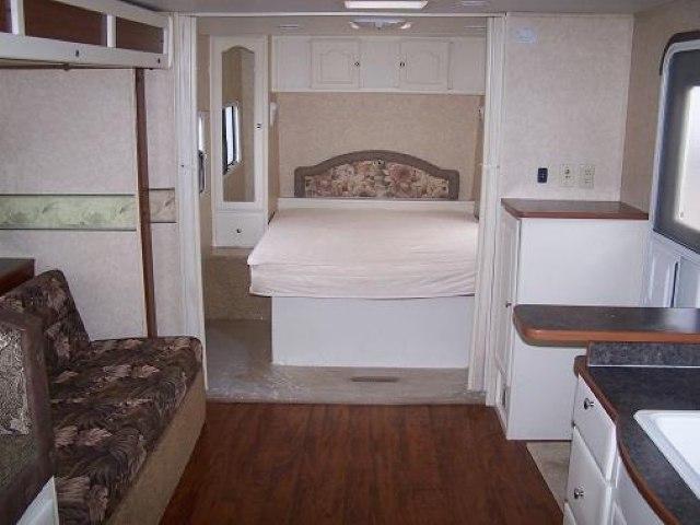 USED 2006 R VISON MAX-LITE ML29BHS - Jack's Campers