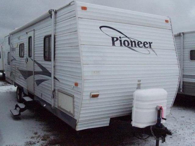 USED 2006 FLEETWOOD PIONEER 300BHS - Jack's Campers