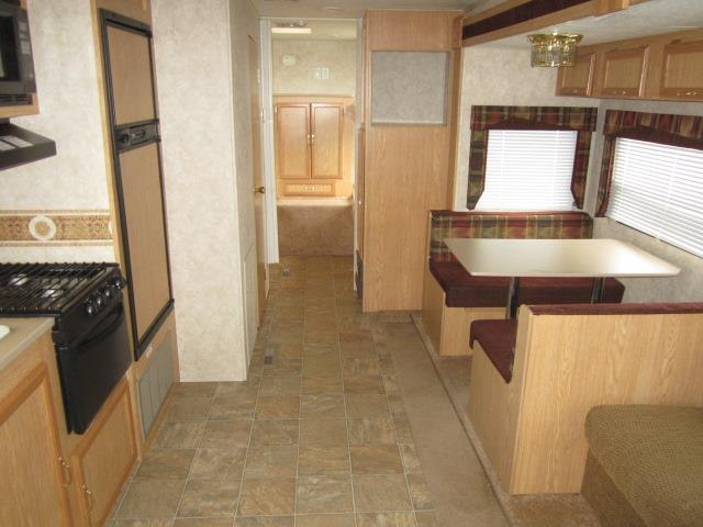 USED 2006 KZ INDUSTRIES JAG 32JSS - Jack's Campers