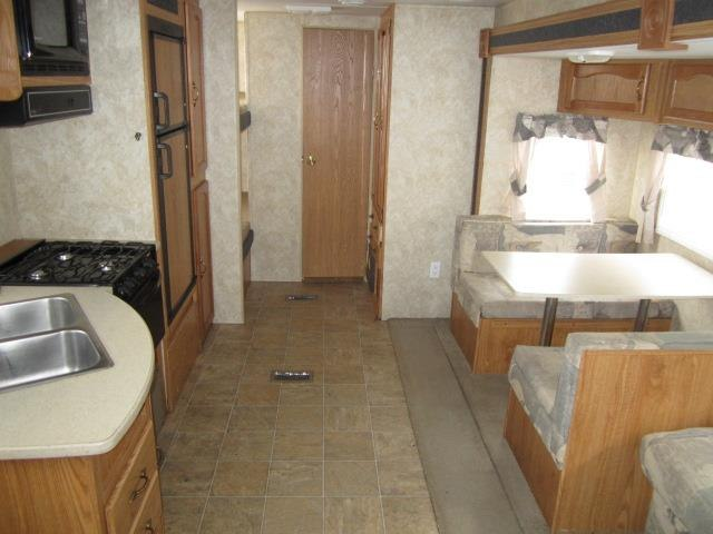 USED 2006 FOREST RIVER WILDWOOD LE 29BHSS - Jack's Campers