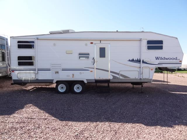 2006 FOREST RIVER WILDWOOD LE 28 BHSS - Jack's Campers