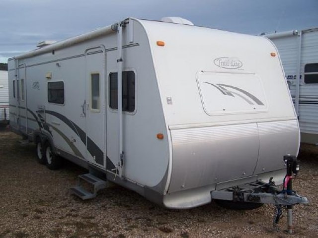 USED 2005 R-VISION TRAIL-LITE 8306-S - Jack's Campers