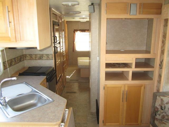 USED 2005 STARCRAFT HOMESTEAD 29SBS - Jack's Campers