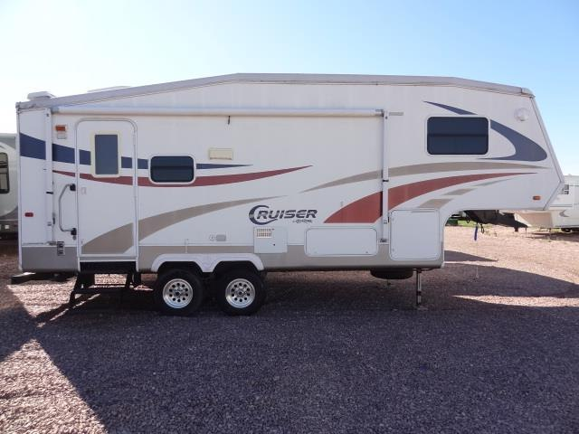 2005CRUISERCF25RS - Jack's Campers