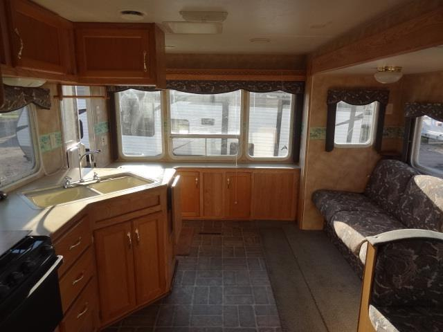 USED 2003 KEYSTONE HORNET 255WLS - Jack's Campers
