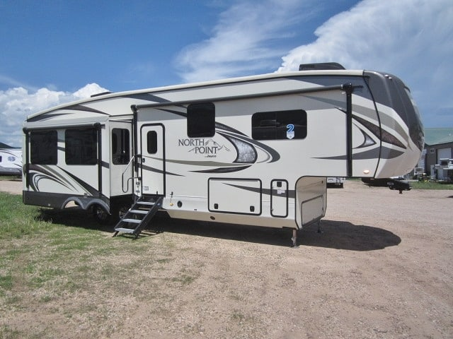 NEW 2018 JAYCO NORTH POINT 315RLTS - Jack's Campers