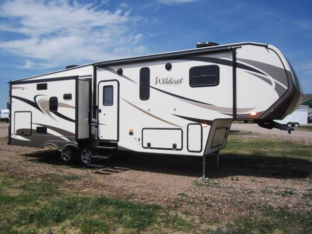 2017 FOREST RIVER WILDCAT 29RLX - Jack's Campers