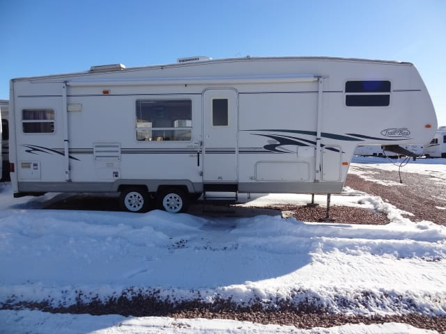 USED 2002 R-VISION TRAIL-BAY 527RKSS - Jack's Campers