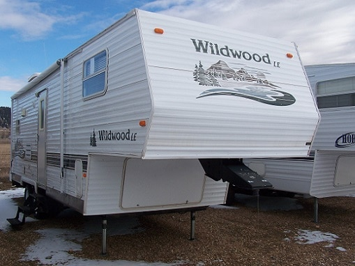 USED 2005 FOREST RIVER WILDWOOD LE 25RKS - Jack's Campers